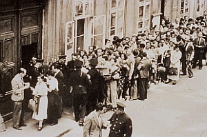 Judeus esperando vistos